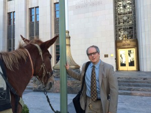 Dan Kapelovitz with mule at federal courthouse